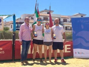 Bego De Toro i Alba Gamell - Campiones Master Estatal -_2