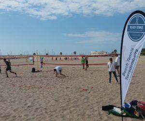 200 escolars de Torredembarra han conegut el Tennis Platja